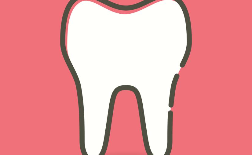 Przepiękne urodziwe zęby dodatkowo wspaniały przepiękny uśmiech to powód do zadowolenia.